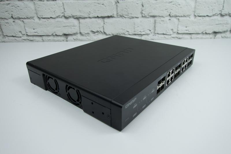 QSW-1208-8C switch 10G de QNAP 12 puertos