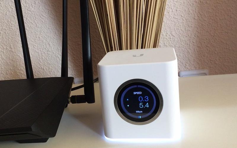 unidad central velocidad red mesh con AmpliFi